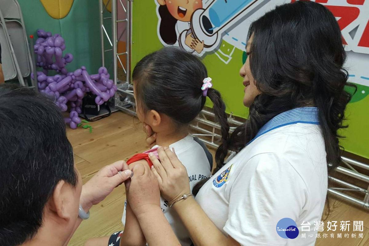 流感疫苗開打 擴及6個月內嬰兒父母、幼兒園托育員