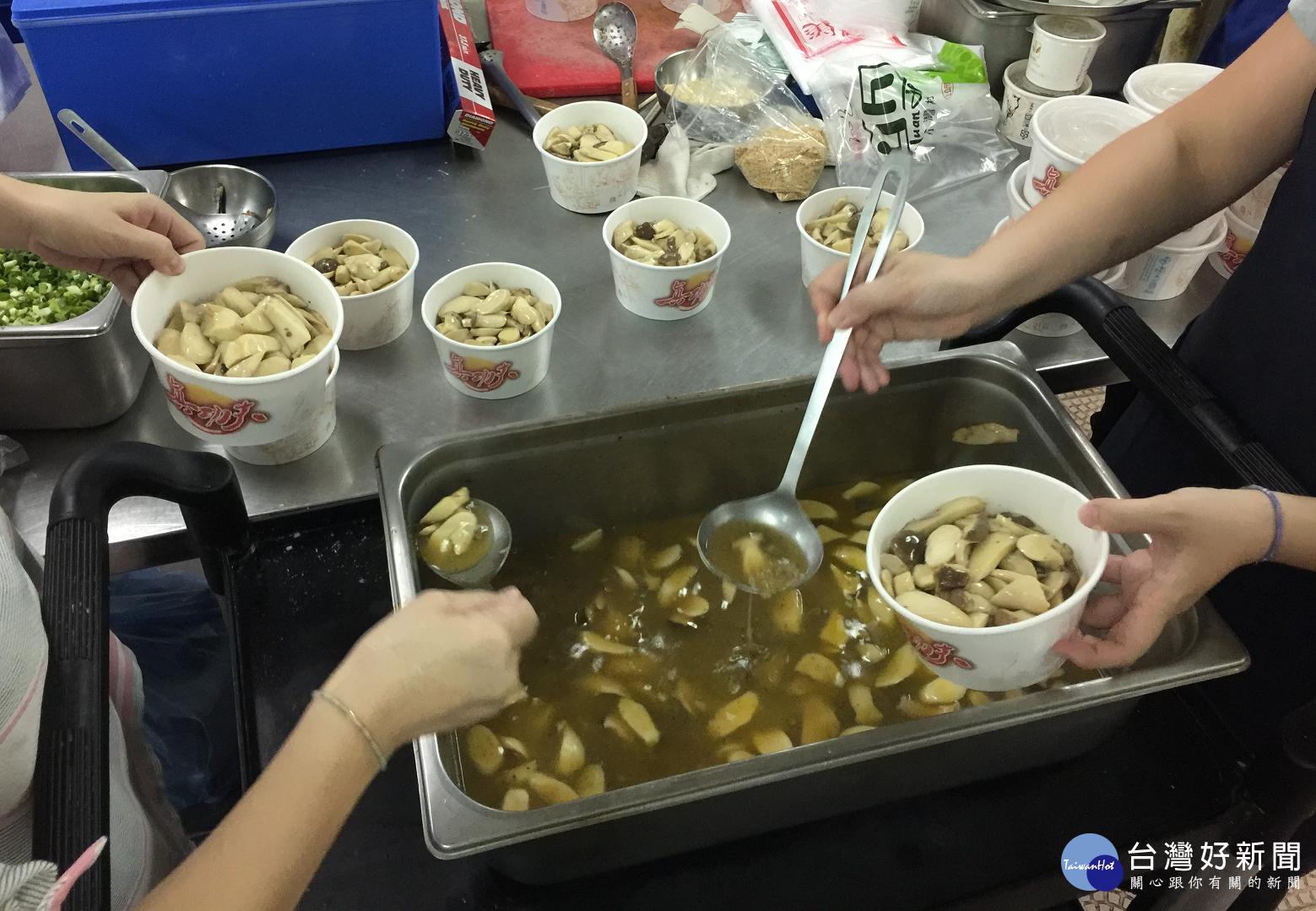 醃製食材首選健康配方 朴子醫院詹舒婷手作田園蔬菜烤肉醬