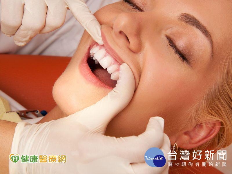 超音波震動除垢 洗掉惱人牙結石