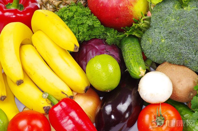 """三種水果煮着吃,才是真正的""""物盡其用"""",生吃太浪費了"""