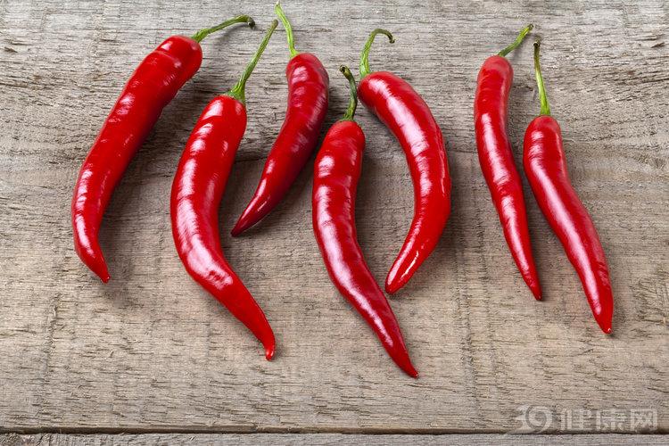 愛吃辣究竟是好是壞?能吃的人,身體會有這些變化