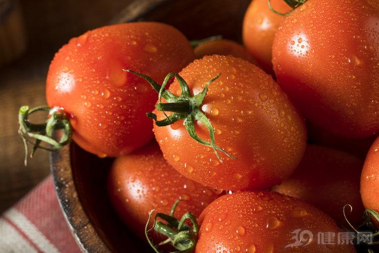 番茄降壓護心臟,但也有三個食用禁忌,都是常識