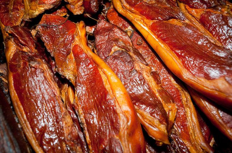 臘肉吃不對,癌症找上門!符合4個標準,才算是好臘肉