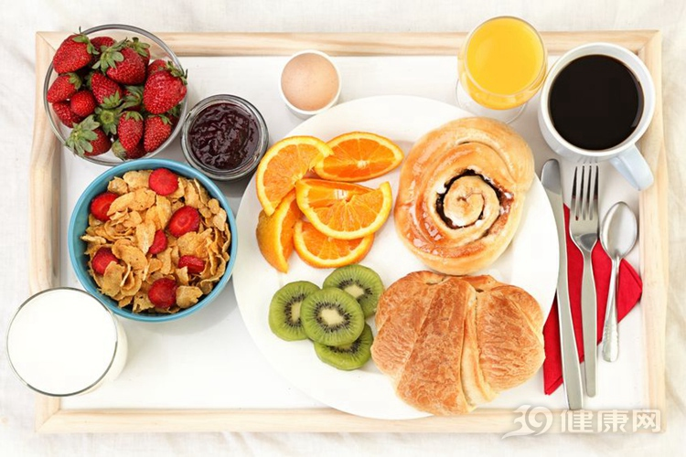 """吃錯早餐似""""砒霜""""!3個常見吃早餐誤區,你犯了幾個?"""