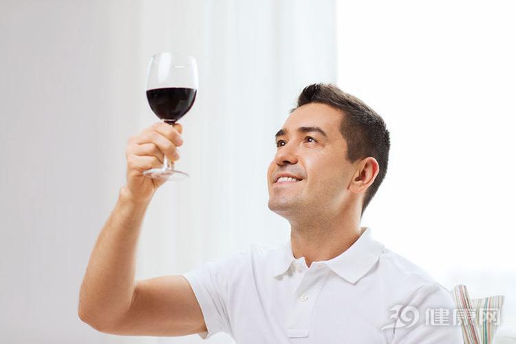 """喝酒有""""四不宜"""",做錯傷身,做對養生!看着辦吧"""