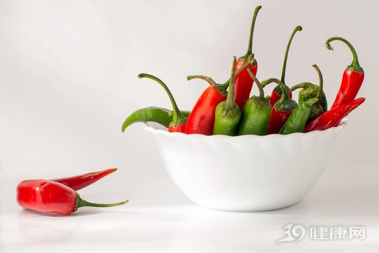 吃辣一族該警惕:3種情況不能吃辣!
