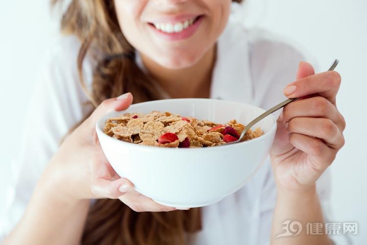 先吃早餐再運動,原來有這個好處!大部分人都不知道