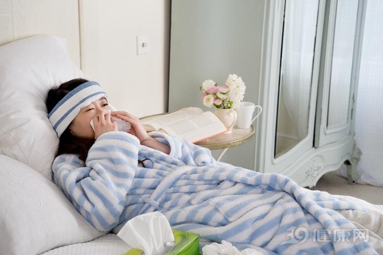 每天晨起一杯涼白開,他喝出嚴重陽虛!醫生:5大習慣損陽氣