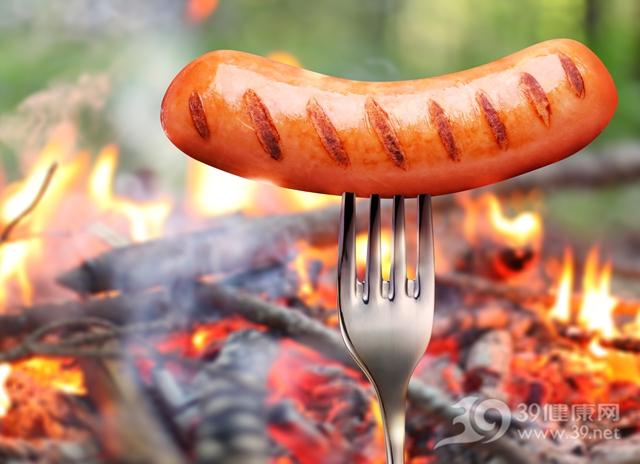 你最常吃的這些東西,對人體的傷害比抽煙還厲害!