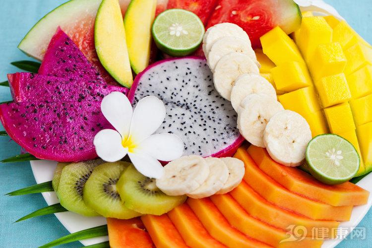 水果只知道生吃?這4類水果煮熟后,營養其實會更好