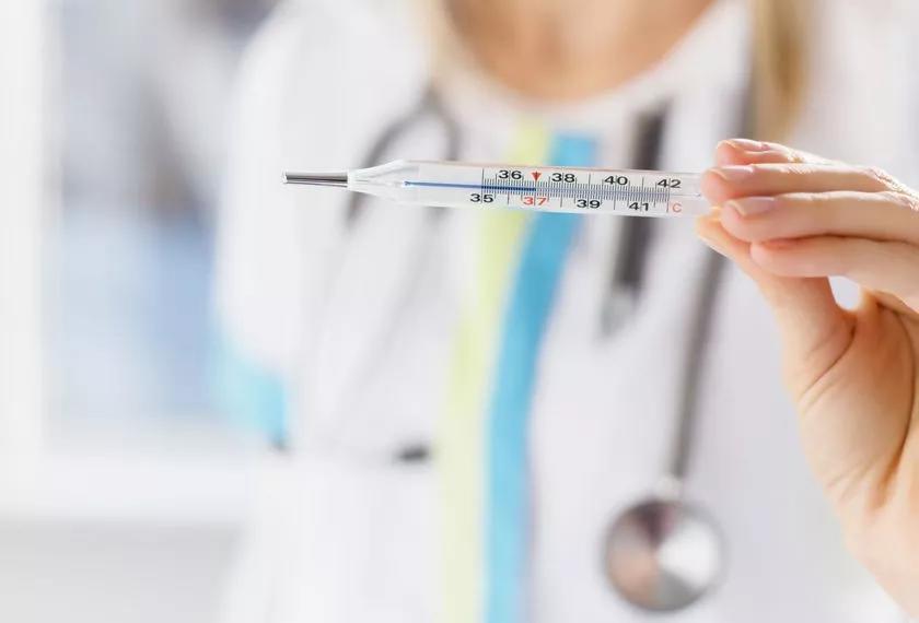 新冠肺炎防控時期,如何正確使用體溫計?