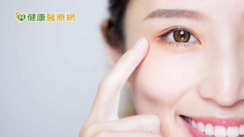 眼睛流淚是季節性過敏? 醫師爆淚液分泌原因
