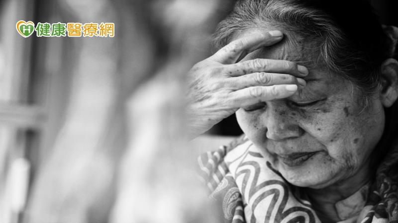渾身難受找不到病因 小心誘發老年憂鬱症