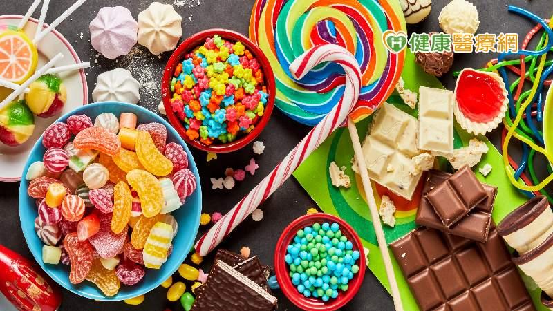 冬季憂鬱容易想吃甜食 少吃降低憂鬱症發作風險!