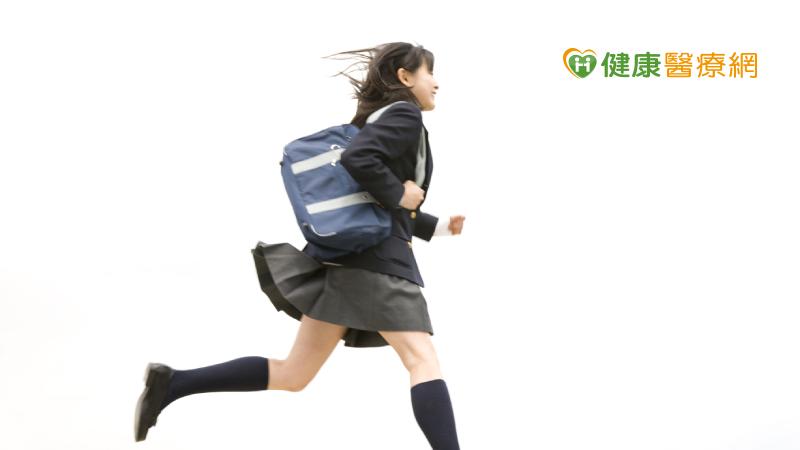 期中段考來了!10分鐘居家超慢跑 教練教你提升讀書效率!