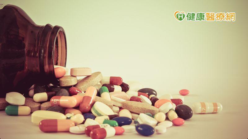 如何判別藥物不良反應? 食藥署教民眾這三招_牙冠增長術