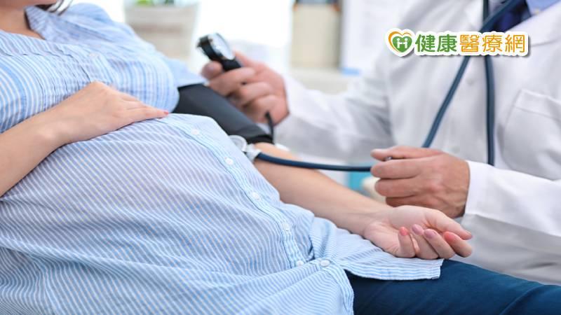 產婦植入性胎盤大出血 血栓術保子宮_多囊性卵巢症候群